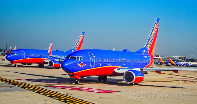 """Boeing 737-700 (N281WN) - N281WN Southwest Airlines 2007 Boeing 737-7H4 (cn 36528/2307) """"Southwest Airlines 500th Boeing 737 Aircraft"""" -  N8619F Southwest Airlines Boeing 737-8H4 s/n 33939 <br /><br />Chicago Midway International Airport (IATA: MDW, ICAO: KMDW, FAA LID: MDW<br />Photo: TDelCoro<br />July 30, 2018"""