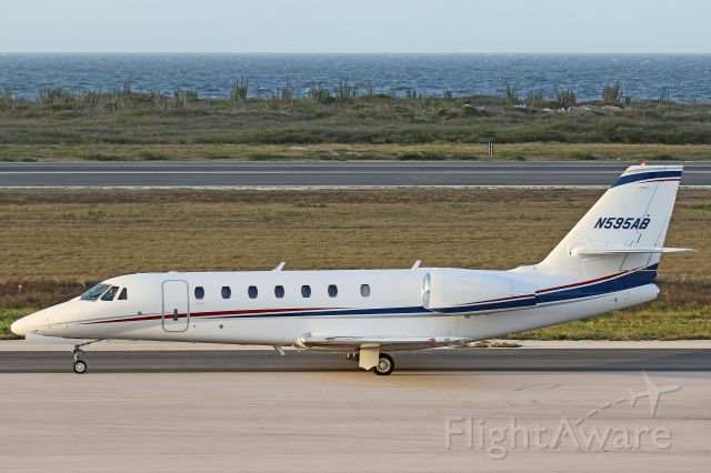 Cessna Citation Sovereign (N595AB) - Taxing for departure to KSGR.
