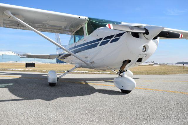 Cessna Skyhawk (N4776E)