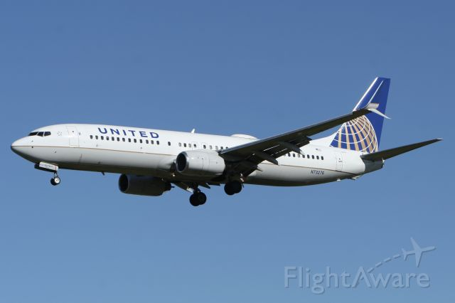 Boeing 737-800 (N73276) - October 17, 2020