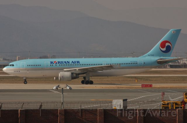 Airbus A300F4-600 (HL7243) - January 6, 2012