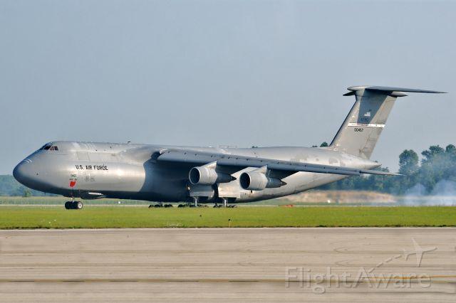 Lockheed C-5 Galaxy (70-0457) - City Of Fairborn landing on runway 5L