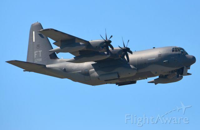 Lockheed C-130 Hercules (18-5906)