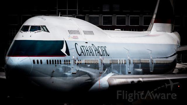 Boeing 747-400 (B-HKU)
