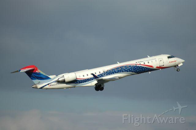 Canadair Regional Jet CRJ-700 (N625CA)