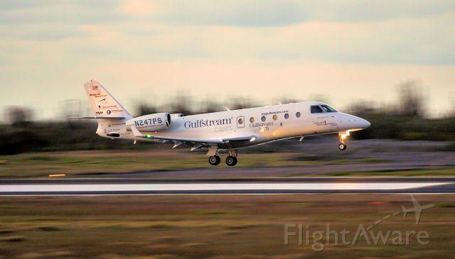 IAI Gulfstream G150 (N247PS) - N247Ps departing Hato international airport.