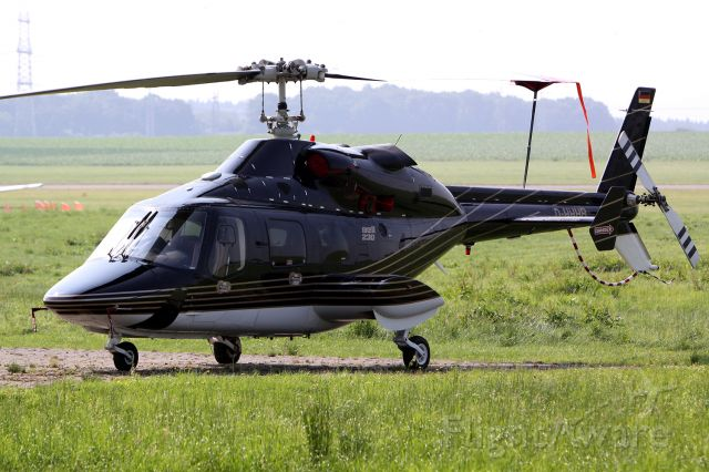Bell 230 (D-HHHB)