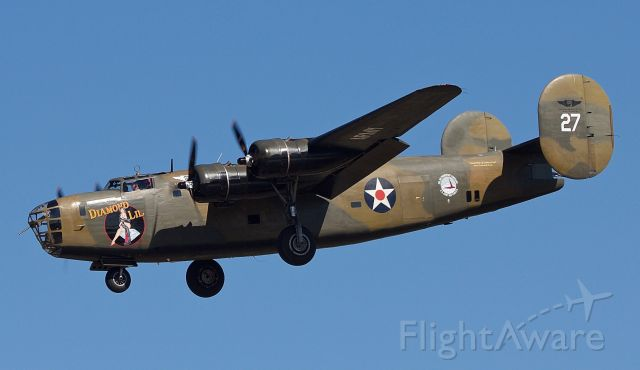 """Consolidated B-24 Liberator (N24927) - B-24 Liberator """"Diamond Lil"""" performing for the first time in many years after some serious mechanical overhauls at the 2018 Commemorative Air Force Wings Over Dallas Airshow (Please view in """"full"""" for highest image quality)"""