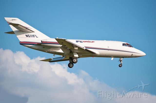 Dassault Falcon 20 (IFL511) - On final for Hky 24. 10.Jul.2010