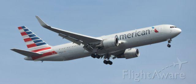 BOEING 767-300 (N391AA) - A minute prior to landing, spring 2019.