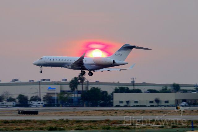 Bombardier Global Express (N320GX) - Sunset through the Thomas fire smoke CA
