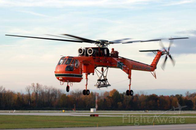 "Sikorsky CH-54 Tarhe (N159AC) - An Erickson Sikorsky S-64F Sky Crane ""Camille"" (c/n 64084) departing KTOL on 31 Oct 2016."