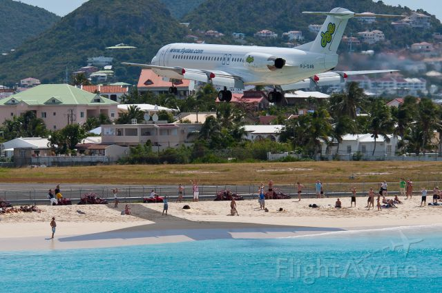 Fokker 100 (PJ-DAB)