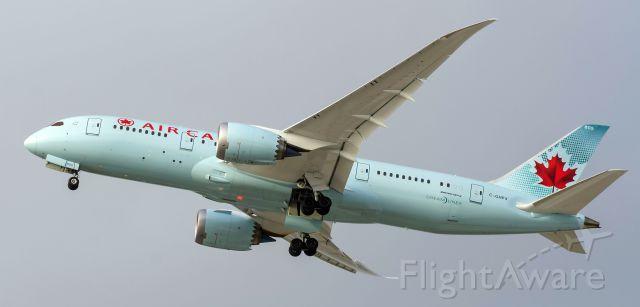 Boeing 787-8 (C-GHPX) - Go around
