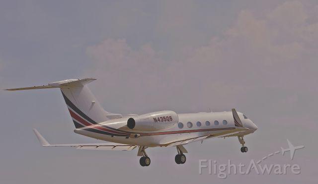 Gulfstream Aerospace Gulfstream IV (N425QS) - Takeoff Cape May County NJ