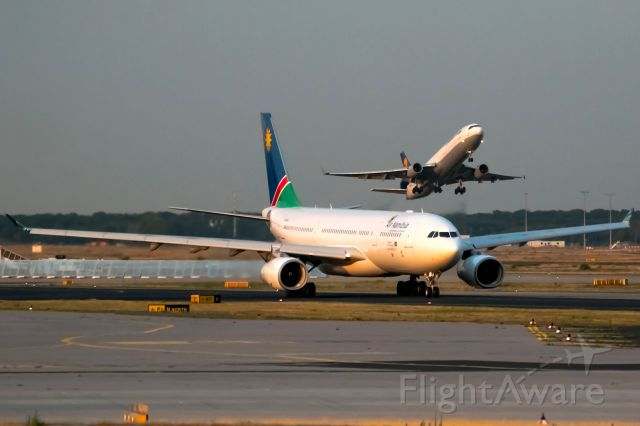 Airbus A330-200 (V5-ANP) - late evening