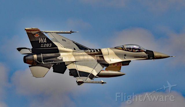 Lockheed F-16 Fighting Falcon (86-0283) - F-16C Fighting Falcon 86-0283 WA USAF 64 AGRS - Red Flag 16-4<br />Las Vegas - Nellis AFB (LSV / KLSV)<br />TDelCoro<br />August 24, 2016