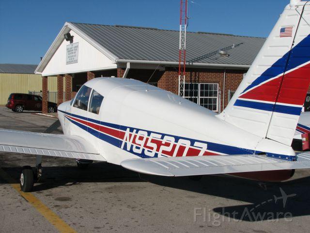 Piper Cherokee (N95207)