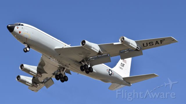 """Boeing C-135B Stratolifter (61-2667) - USAF Boeing WC-135W """"Constant Phoenix,"""" assigned to the 45th Reconnaissance Squadron, on final for RWY 17L at Colorado Springs Airport"""