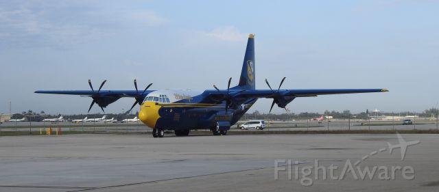 """Lockheed C-130 Hercules (17-0000) - 5-7-21 airshow """"Fat Albert"""""""