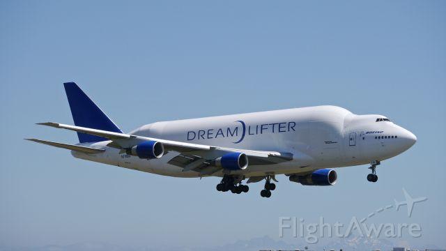 Boeing Dreamlifter (N718BA) - GTI4352 from KCHS on final to Rwy 16R on 6/28/16. (ln 932 / cn 27042).