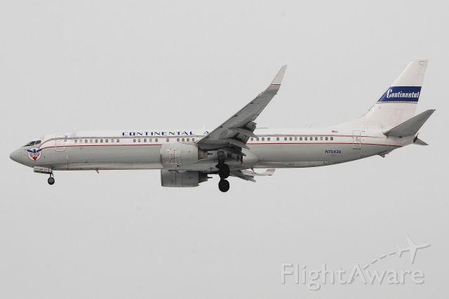 Boeing 737-900 (N75436) - C