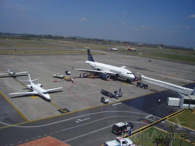 XA-AUP — - aeropuerto veracruz