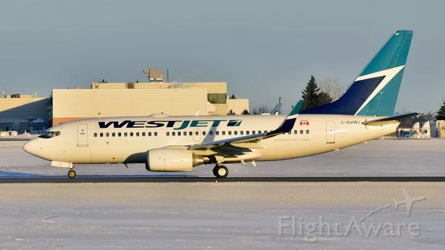Boeing 737-700 (C-GVWJ)