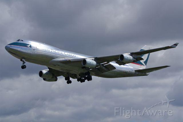 Boeing 747-400 (B-HUK)