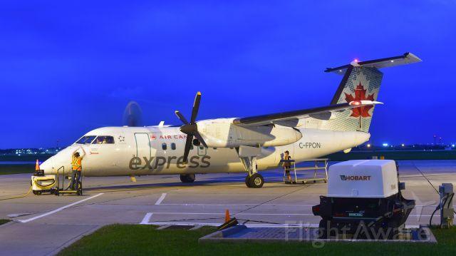 de Havilland Dash 8-100 (C-FPON) - Air Canada Express De Havilland Canada DHC-8-102 Dash 8 C-FPON in Windsor, ON