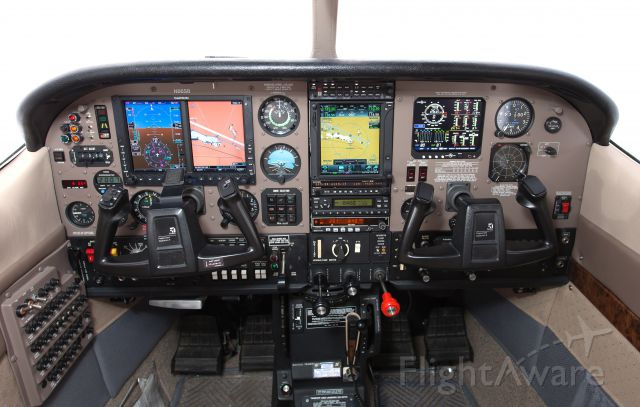 Cessna P210 Pressurized Centurion (N86SB) - New panel