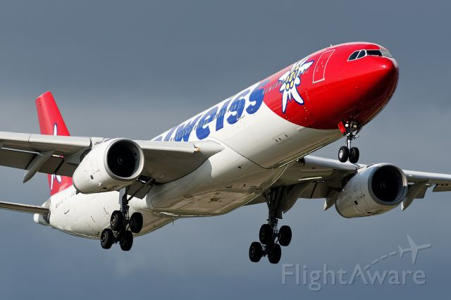 Airbus A330-300 (HB-JHQ)