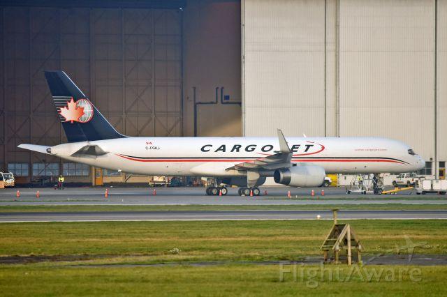 BOEING 767-200 (C-FGKJ)