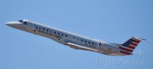 Embraer ERJ-135 (N807AE) - Tip o