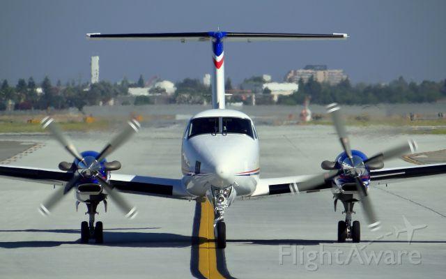 Beechcraft Super King Air 350 (N685ST)