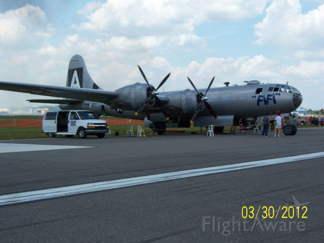 Boeing B-29 Superfortress — - Poor old girl blew a tire on landing Friday. The hope to have her flying again on Saturday.
