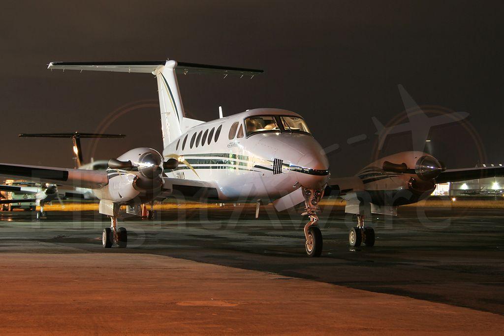 Beechcraft Super King Air 200 (N111MQ) - Félix Bahamonde - PR Planespotters