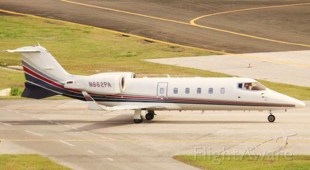Learjet 60 (N862PA)