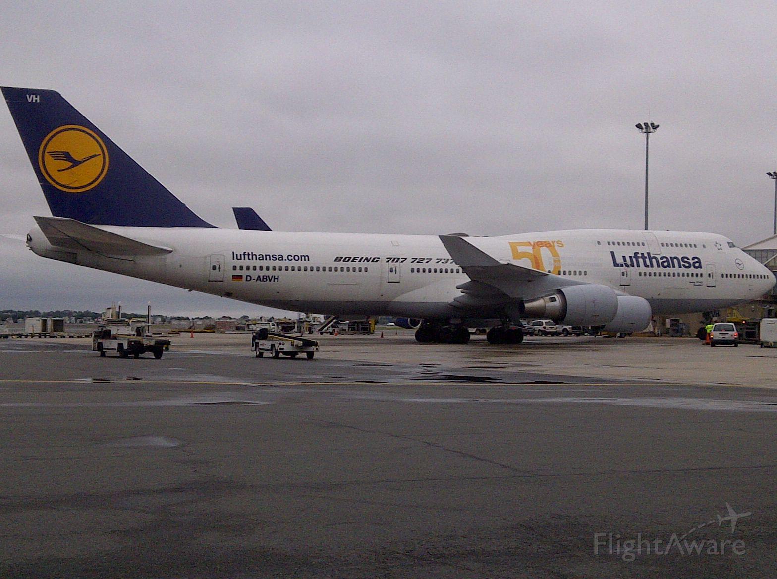 Boeing 747-400 (D-ABVH)