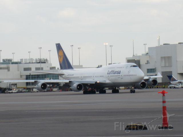 Boeing 747-400 — - Lufthansa dept KDEN en route to Frankfurt. Non-stop.