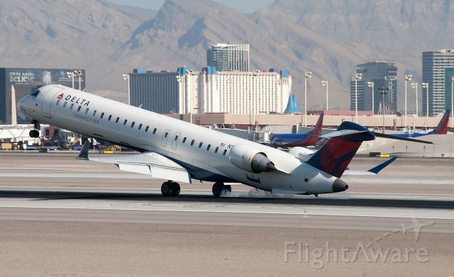 Canadair Regional Jet CRJ-900 (N187PQ) - Very, very close to a tail strike!