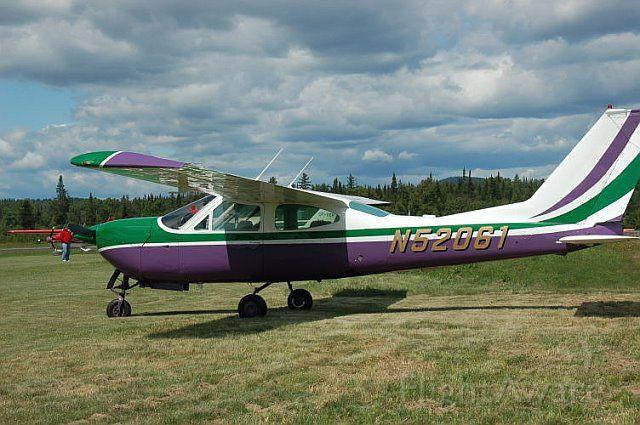 Cessna 177RG Cardinal RG (N52061)