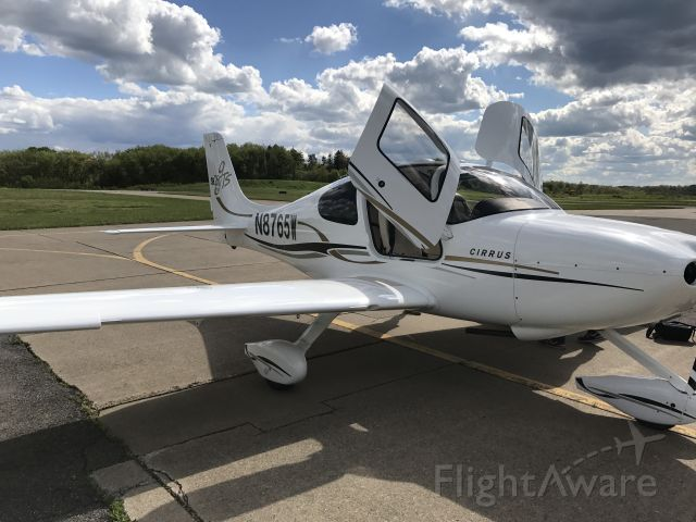 Cirrus SR-20 (N8765W) - Arriving at the new home after delivery...