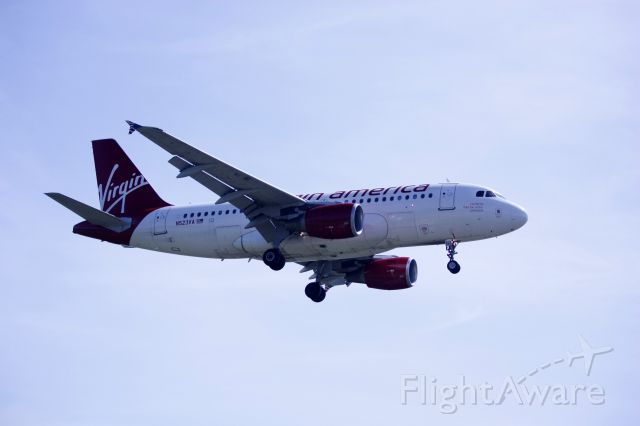 Airbus A319 (N523VA) - On final for Rwy 19 at KDCA