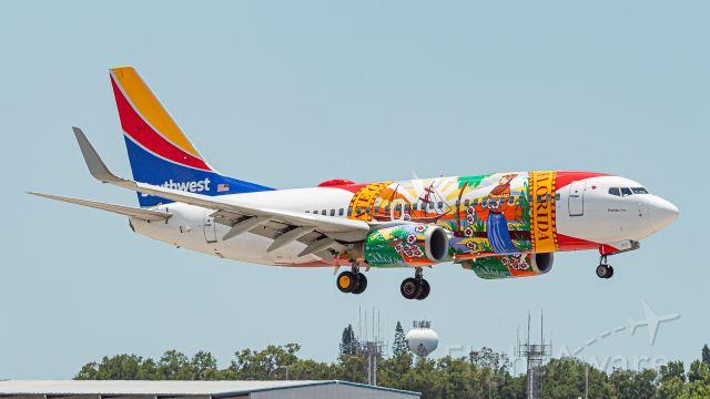 Boeing 737-700 (N945WN)
