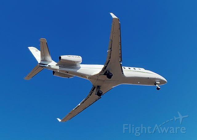 IAI Gulfstream G150 (N285GA) - Landing runway 7