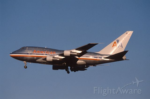 BOEING 747SP (N602AA) - Final Approach to Narita Intl Airport Rwy34 on 1989/01/21