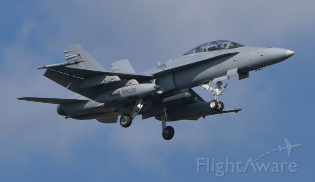 16-4723 — - On final at ADW after fly over at Navy football game.
