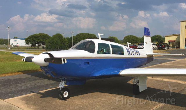 Mooney M-20 (N7016V)