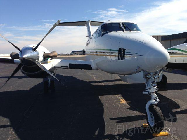 Beechcraft Super King Air 200 (N62FB)
